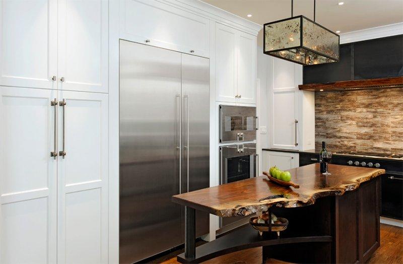 Cuisine moderne rustique de résidence quatre saisons en acier et bois