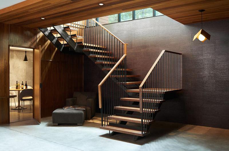Escalier en acier en bois du ranch Theodore Wirth