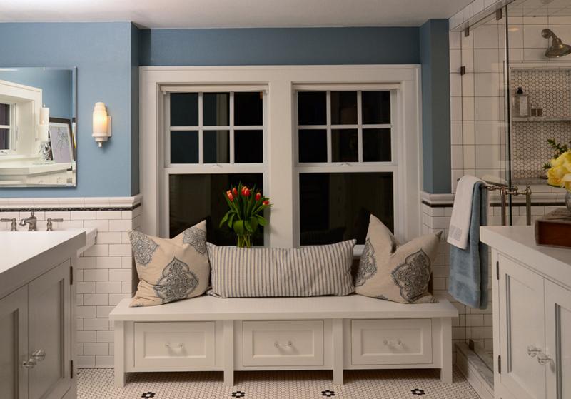 Bancs de rangement dans 20 belles salles de bain decor - Salle de bain maison de retraite ...