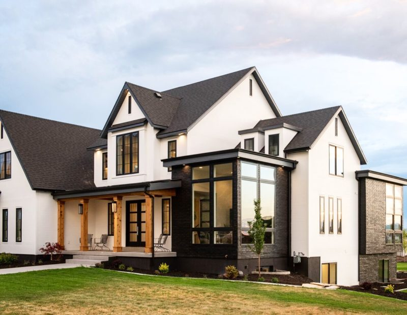 Modern black and white farmhouse