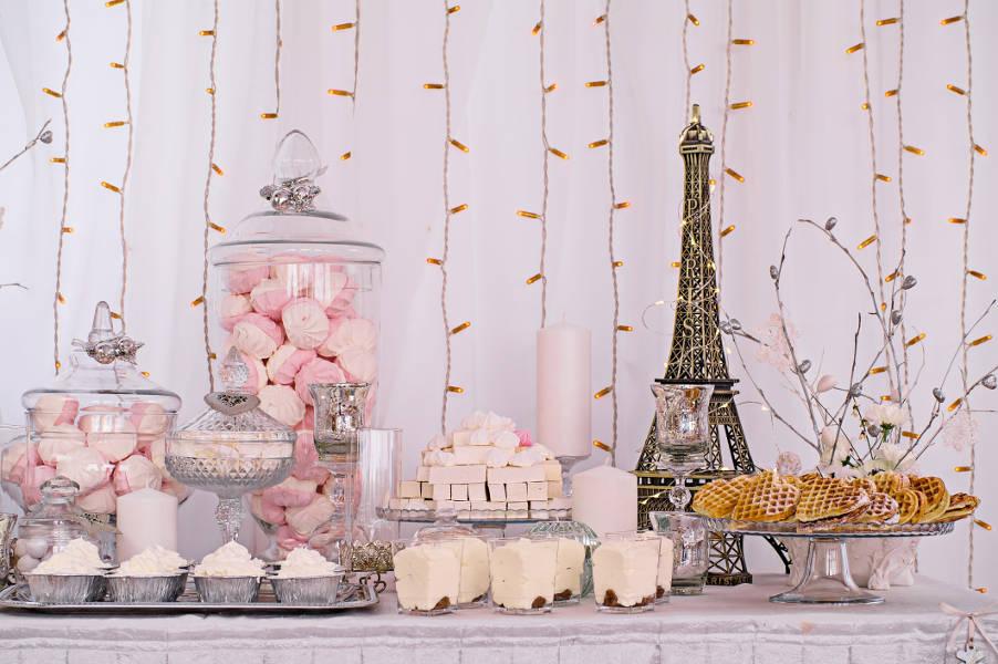 parisian wedding decor