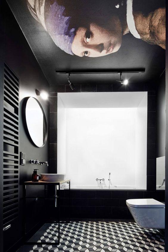 Bains noir et blanc très spéciaux