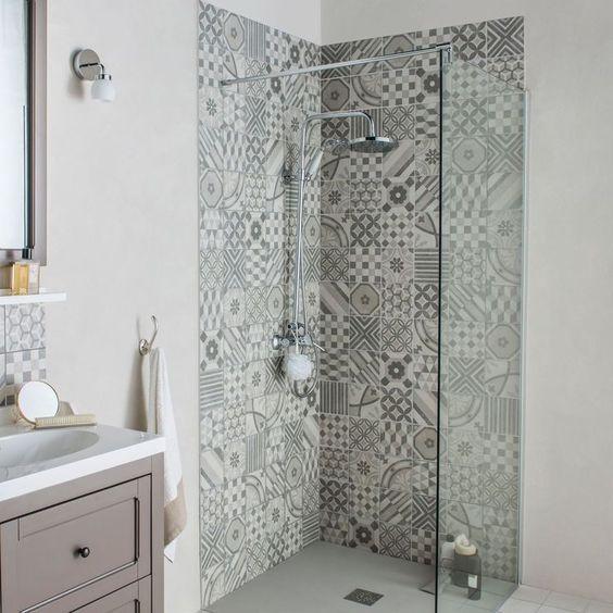 Les r novations de salle de bains les plus demand es d coration de la maison - Remplacer bac de douche ...