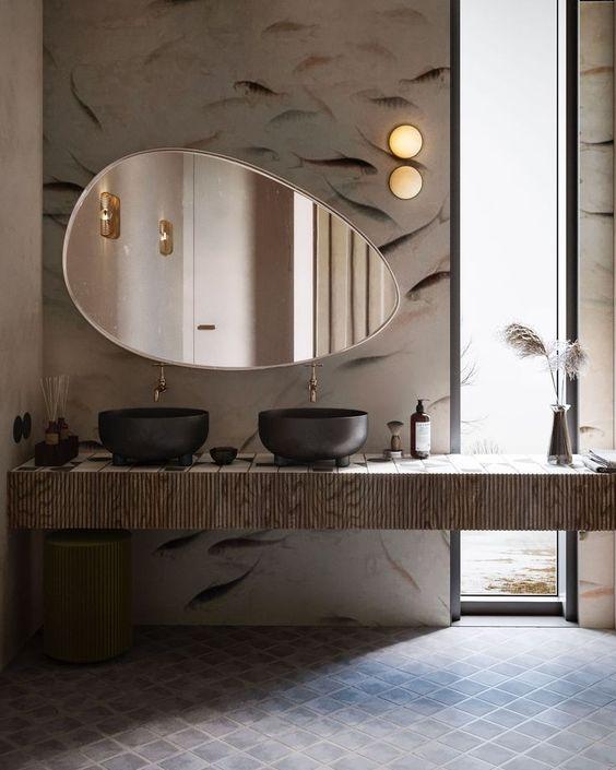 Une touche dorée dans la salle de bain