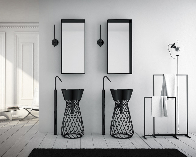 Salles de bains très spéciales en noir et blanc