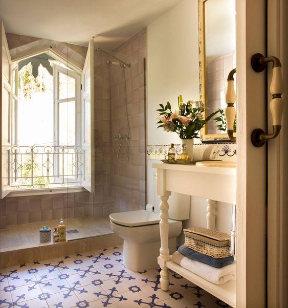 Style provençal dans la salle de bain