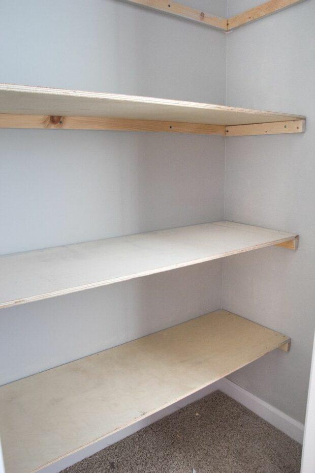 10 idées géniales pour construire une étagère garde-manger