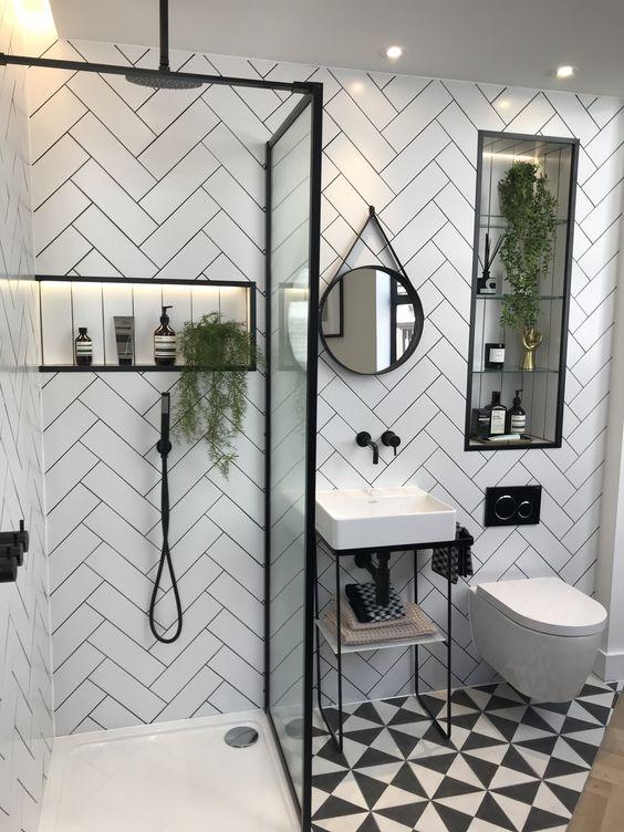 Petites salles de bain colorées