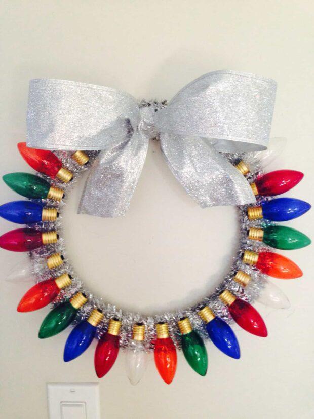15 couronnes de Noël bricolage pour rendre votre porte d'entrée aussi joyeuse que possible - couronnes de Noël bricolage rustiques et pièce maîtresse, couronnes de Noël bricolage