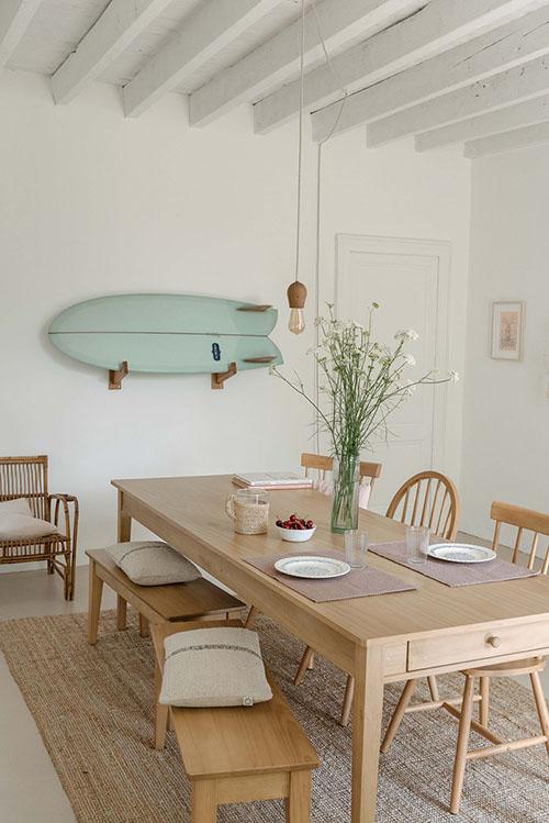 Décoration de salle à manger avec tapis