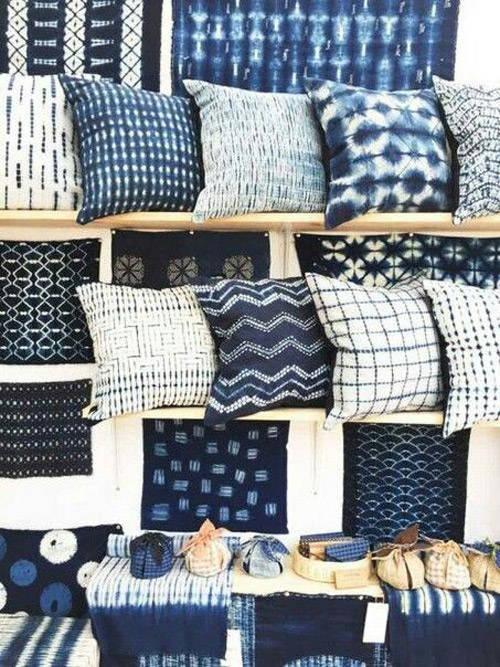 Housses en batik pour des coussins élégants