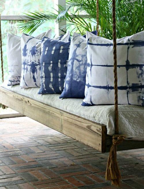 coussins de batik pour la décoration intérieure