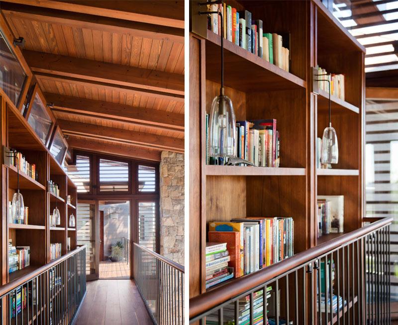 Bibliothèque Tower Grove House