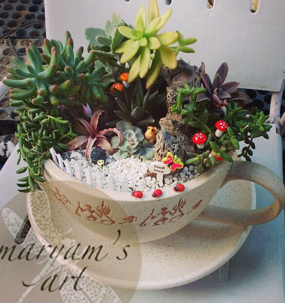 Service à thé en poterie Hiéroglyphes Jardin miniature