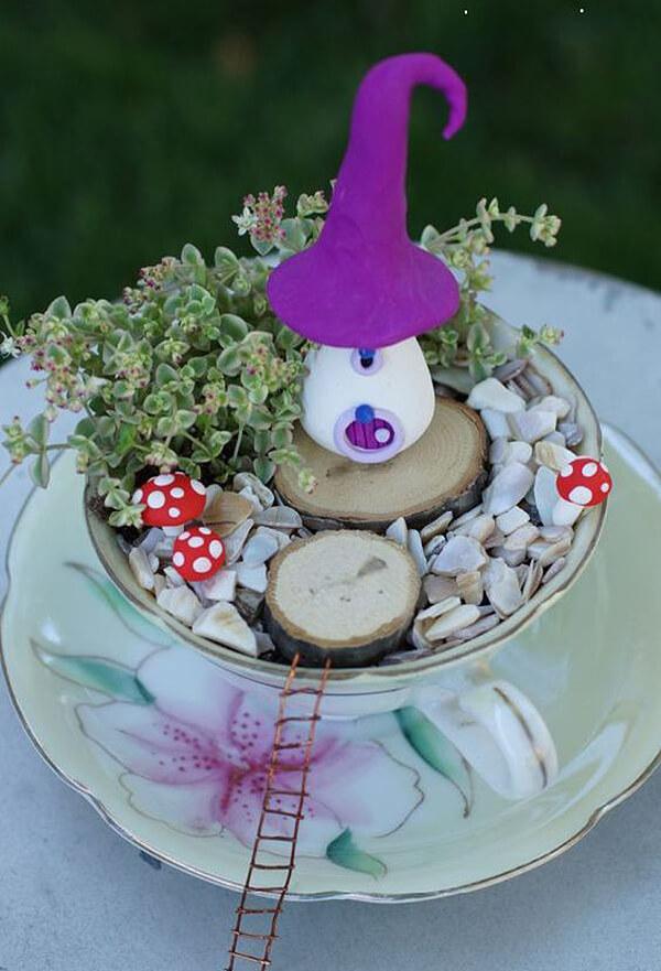 Tasse à thé et soucoupe miniature Fairy Garden