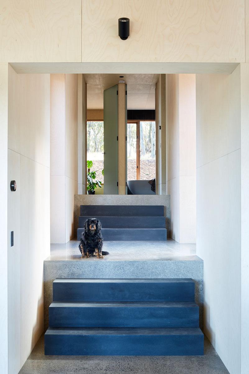 Escalier de la maison à deux moitiés
