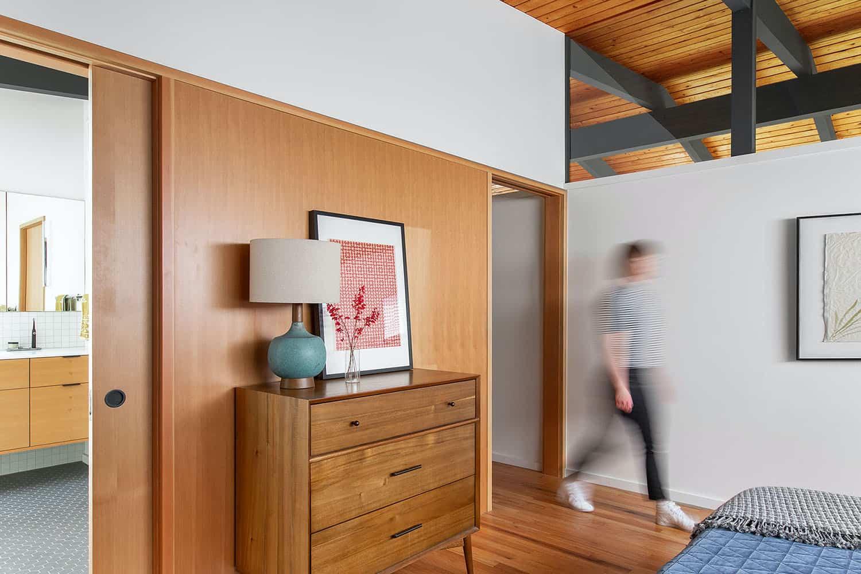 chambre moderne du milieu du siècle