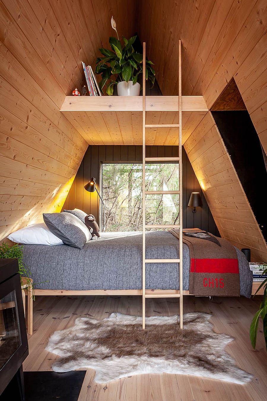 Décorer l'intérieur de la cabane dans les arbres avec un design moderne et écologique