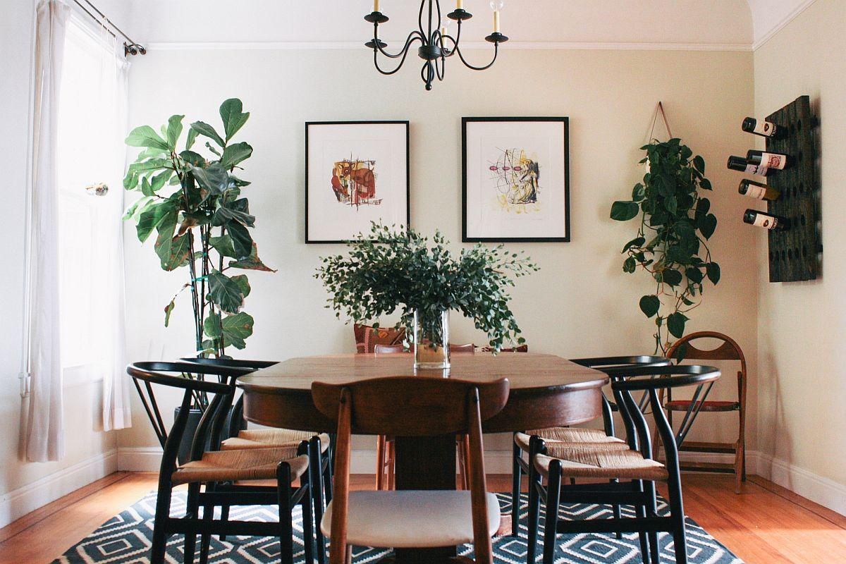 Trouver de l'espace pour la verdure dans la salle à manger moderne