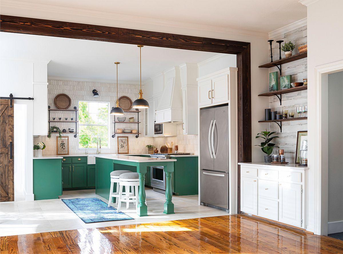 Le vert vif vole la vedette dans cette fabuleuse cuisine de style moderne