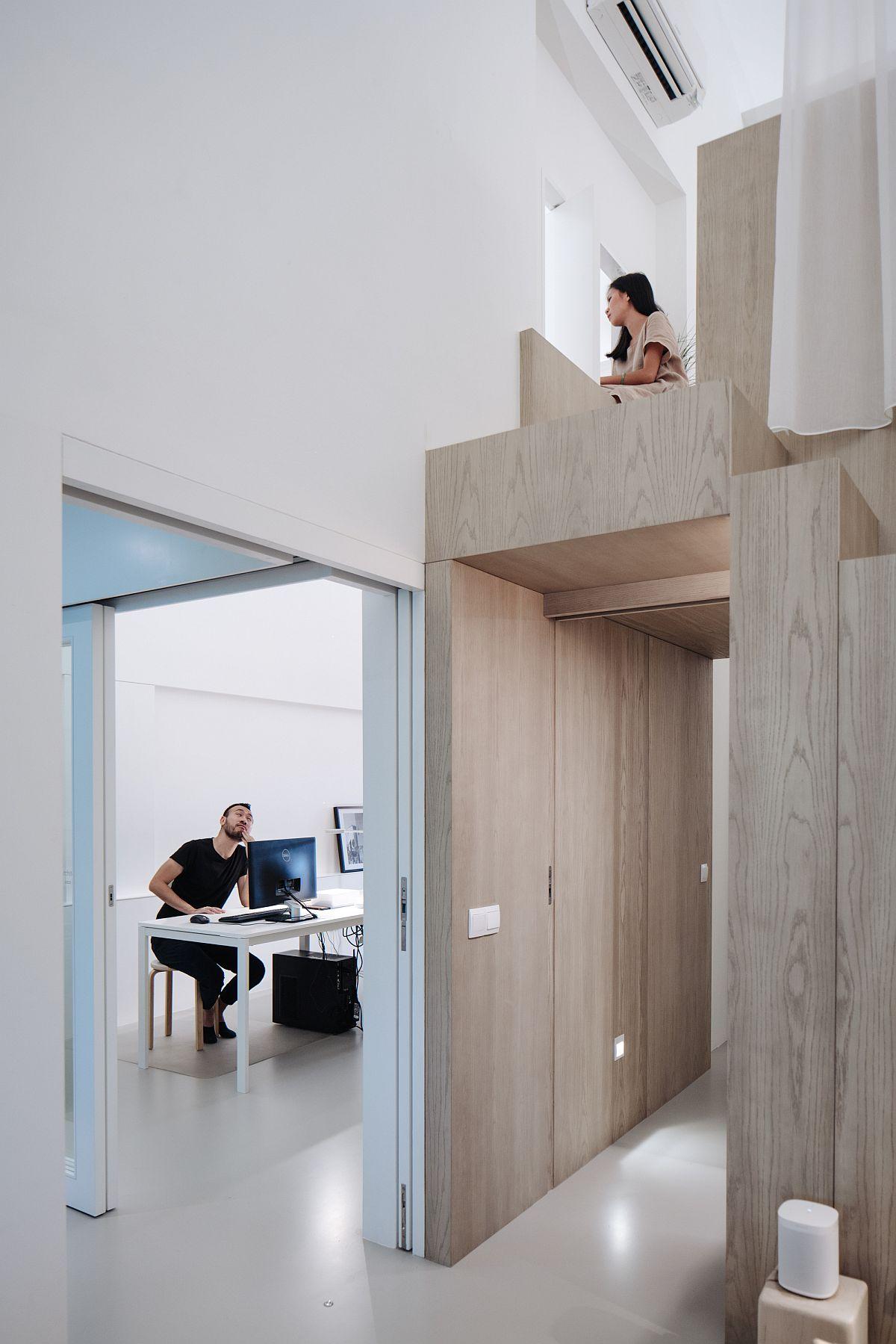 Créer un lien entre la chambre au niveau loft et l'espace bureau de l'appartement