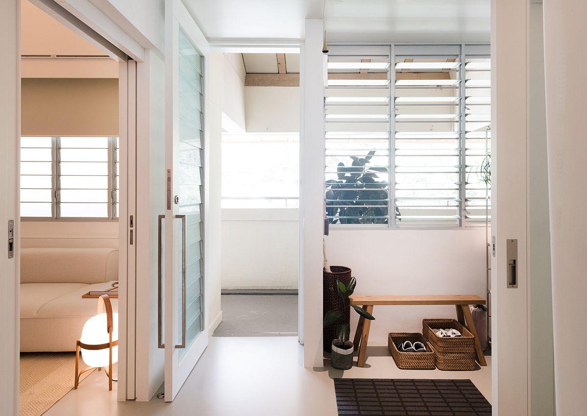 Petit appartement rénové à Singapour avec un design économe en espace
