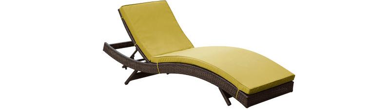 meubles côté piscine