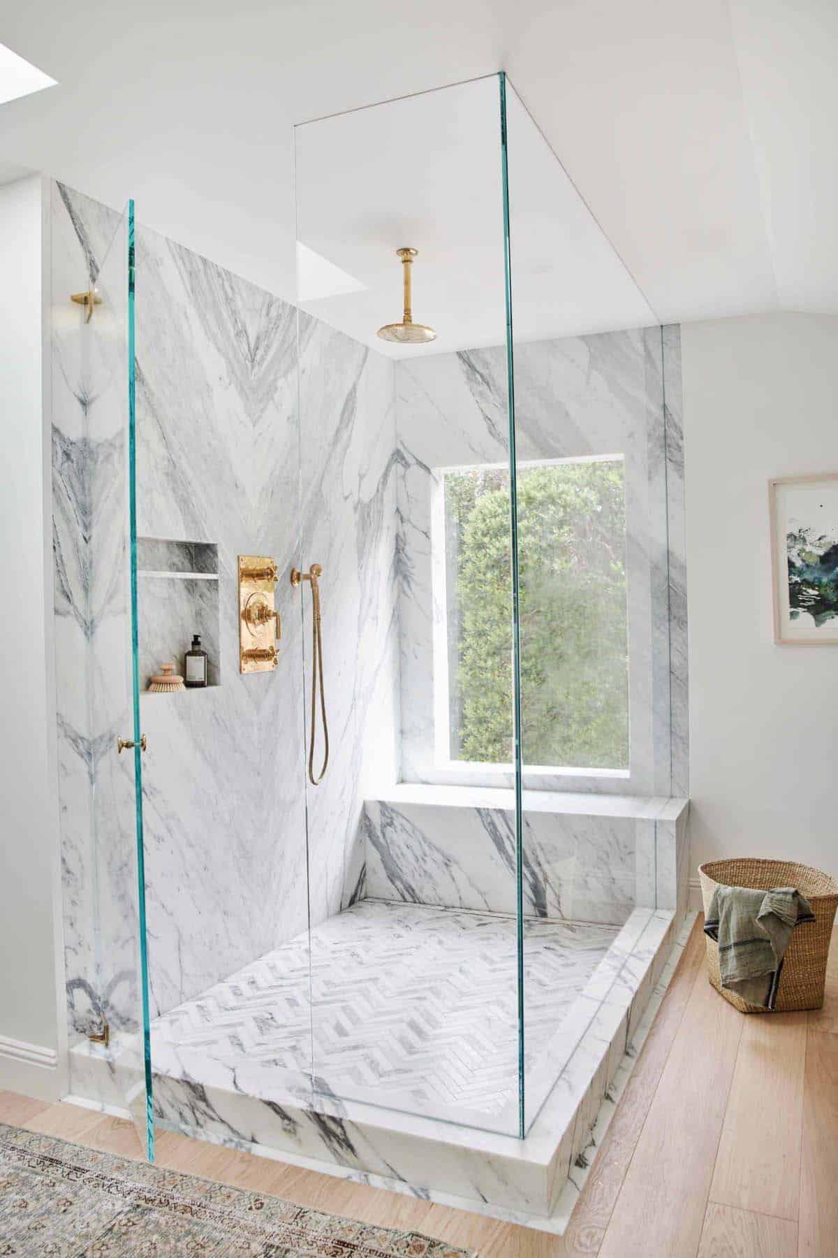 maison de rêve moderne salle de bain principale