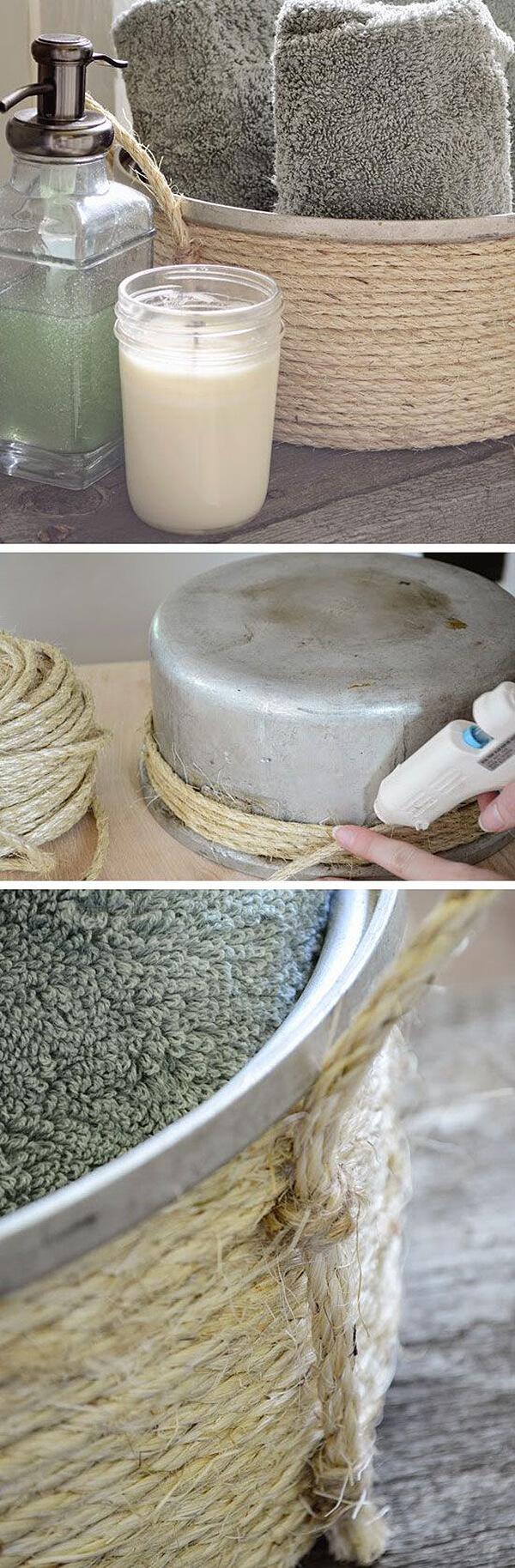 Panier de rangement recouvert de corde pour la salle de bain