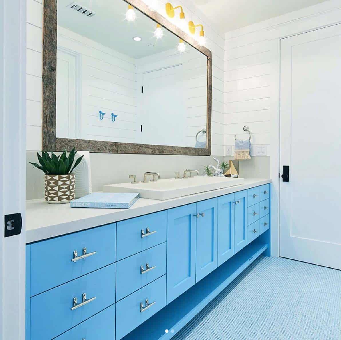 salle-de-bains-de-ferme-moderne