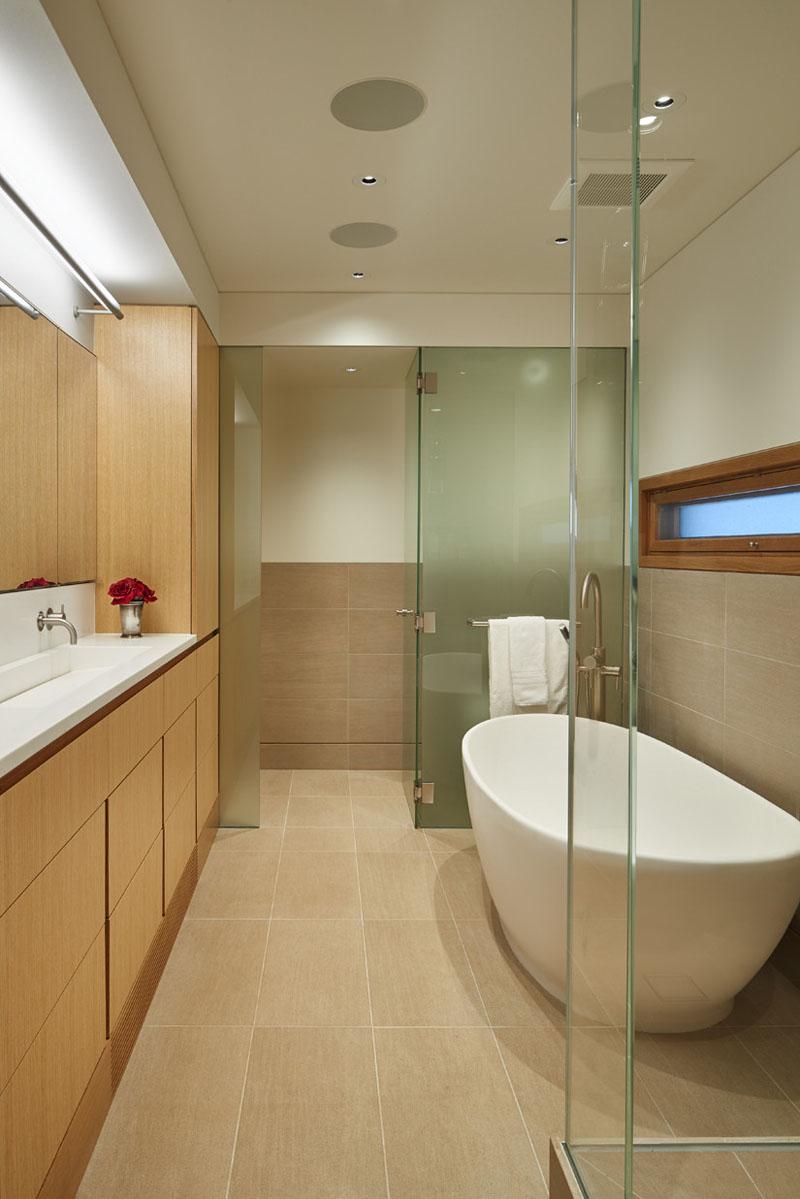 Salle de bain maison flottante