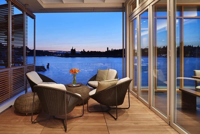 Terrasse de maison flottante