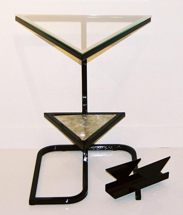 Un triangle d'acier