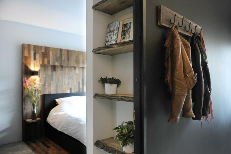 Bois de chambre à coucher intérieur noir en bois