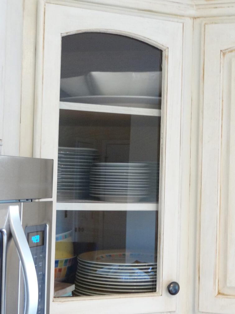 Améliorez votre cuisine avec des portes d'armoires en verre