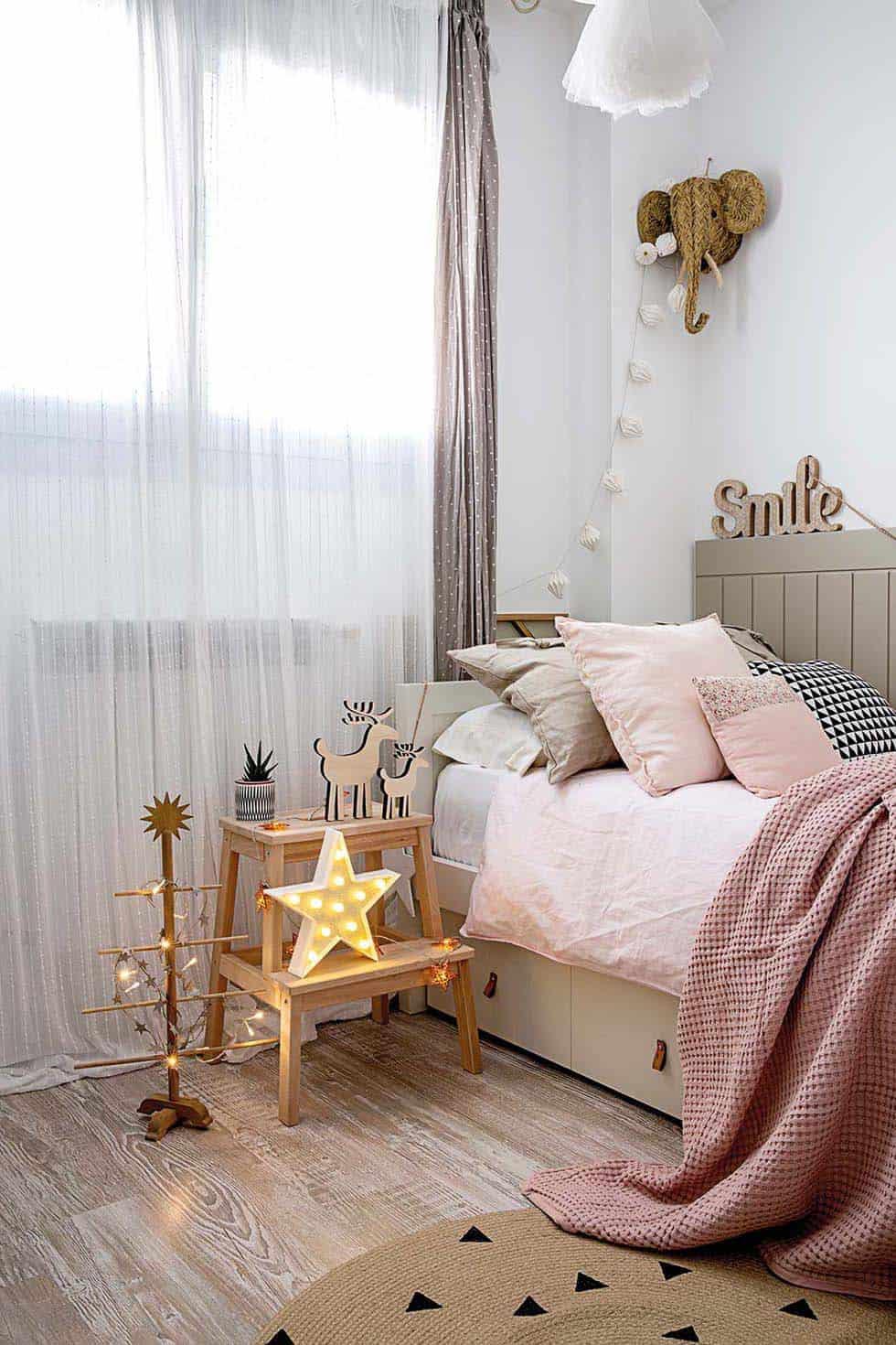 chambre-de-noel-décorée-nordique