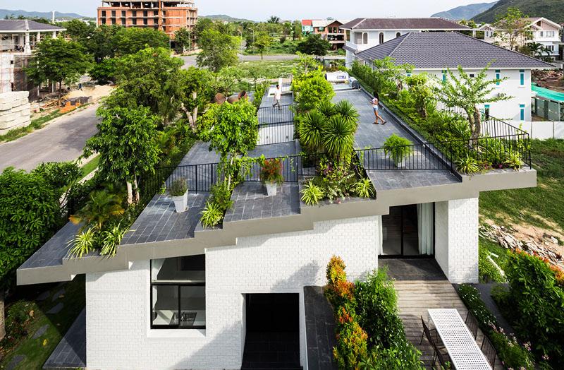 Jardin sur le toit de la maison Hoan