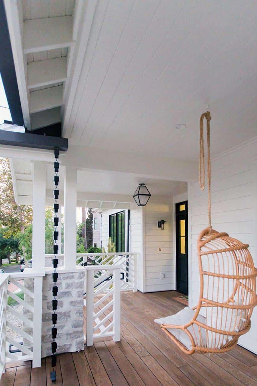 cap-cod-transition-porche