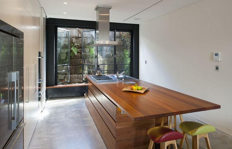 Fenêtres de la maison en terrasse