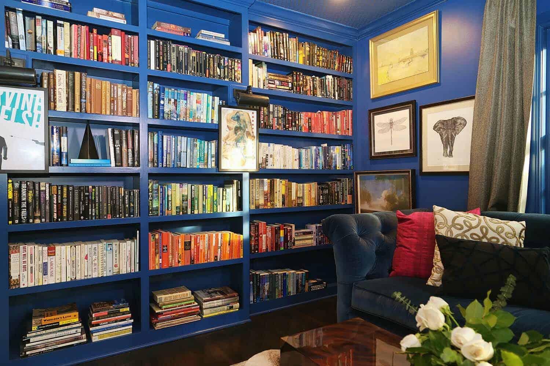 bibliothèque-maison de style transitionnel