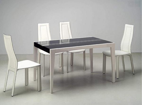 Ensemble moderne en cuir avec plateau en verre