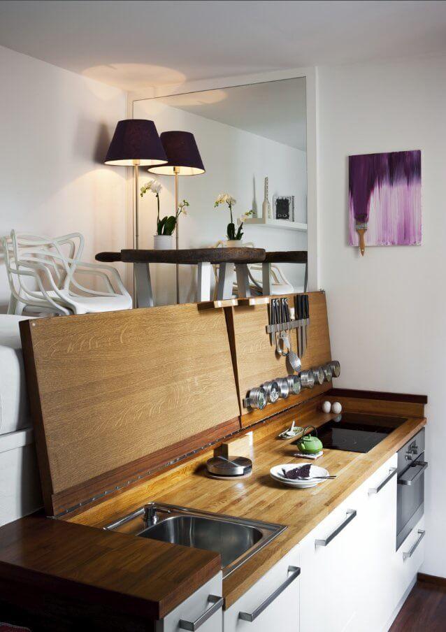 Petite cuisine cachée inspirée des yachts pour petits appartements
