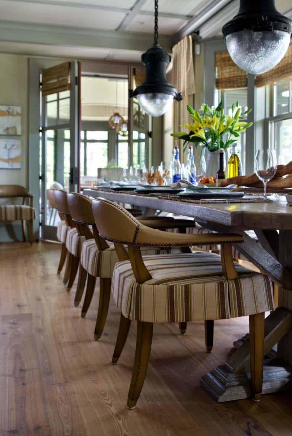 salle à manger de style plage