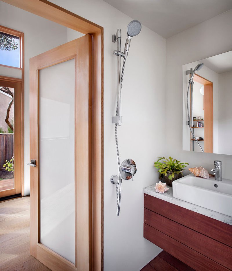 salle de bain petite maison d'amis