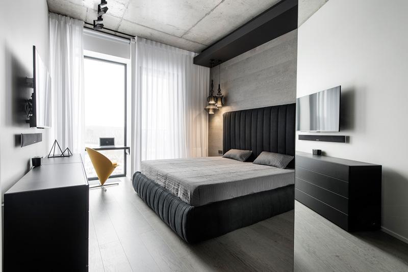 Lit d'appartement noir et blanc