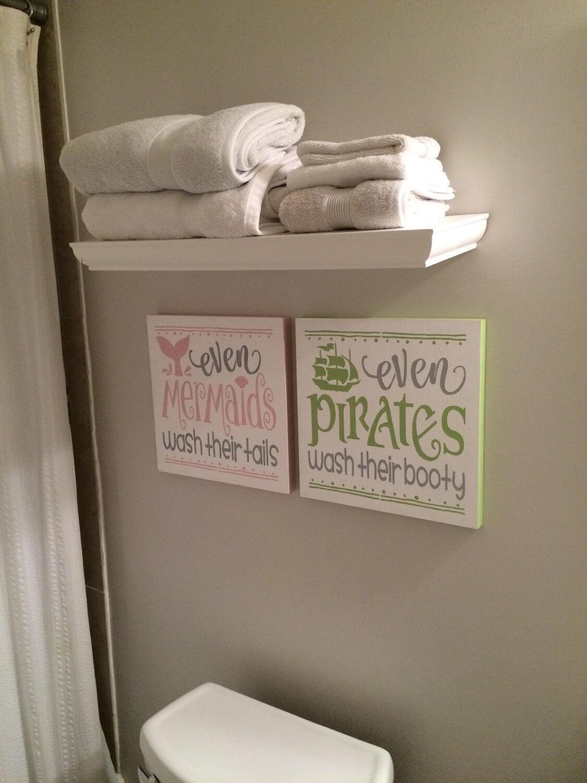 Signes de décoration de salle de bain sirène et pirate