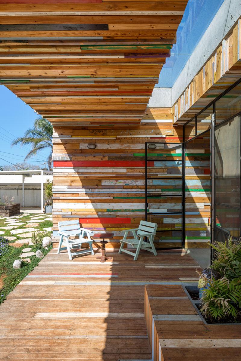 porche en bois de ferraille de maison