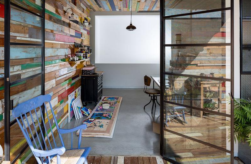 intérieur de bois de ferraille de maison