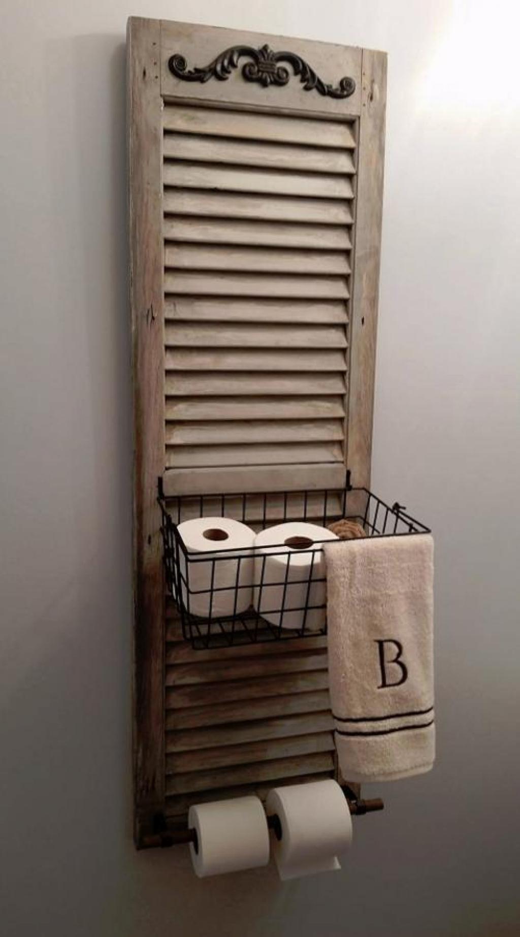 Panier de rangement et distributeur de papier toilette blanchis à la chaux