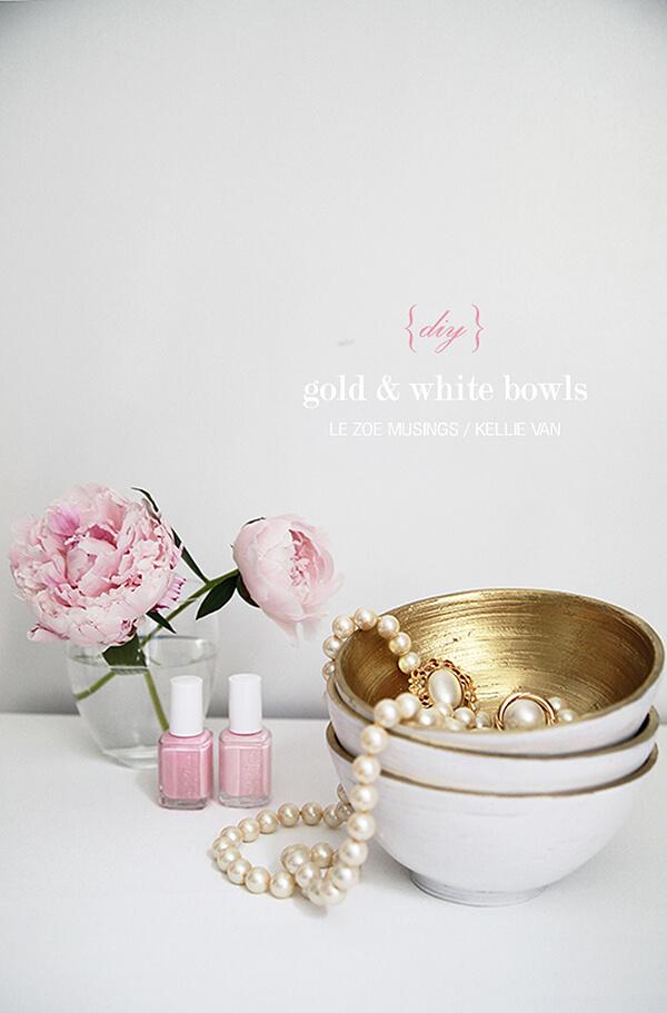 Bols blancs et or tout simplement magnifiques